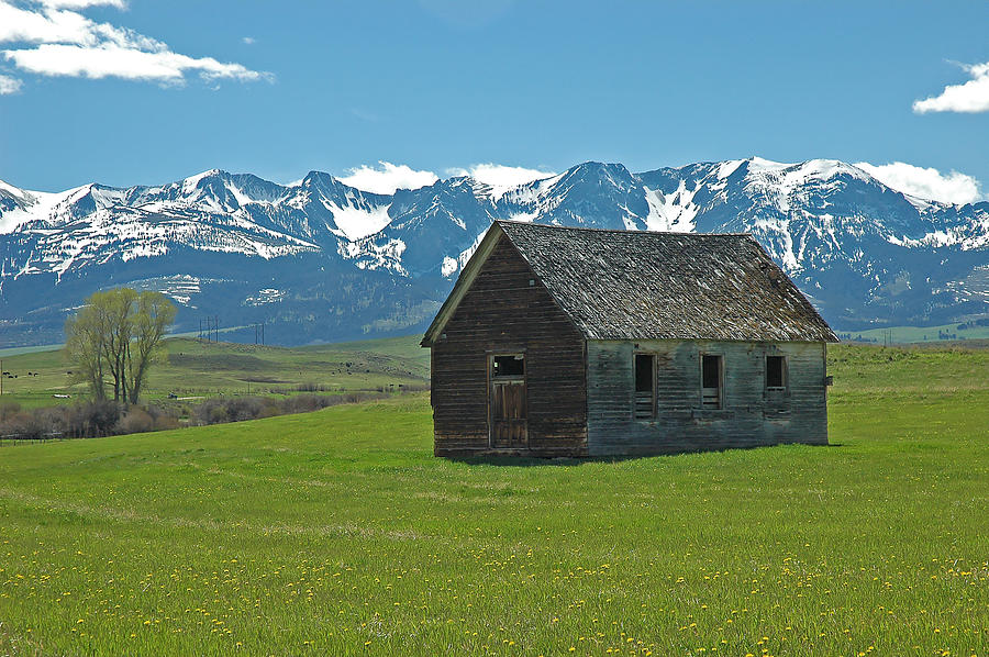 Abandoned House Photograph - Shields Valley Abandoned Farm Ranch House by Bruce Gourley