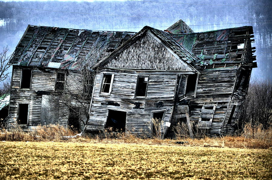 Abandoned House Photograph - Shift Of Time by Emily Stauring