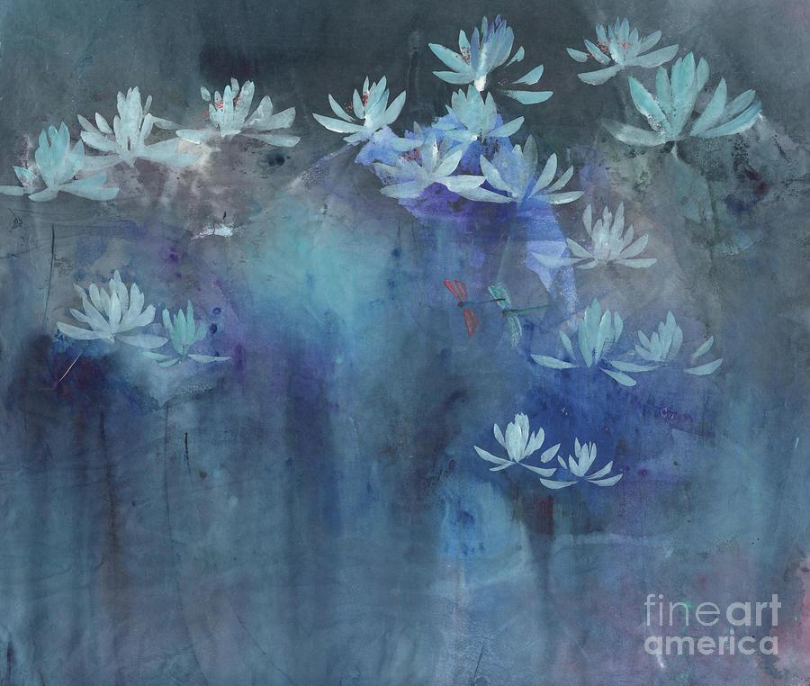 Shimmering in the Night II by Mui-Joo Wee