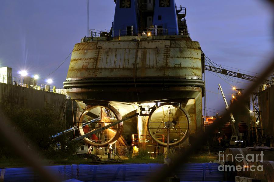 Shipyard Photograph - Shipyard Work by David Lee Thompson