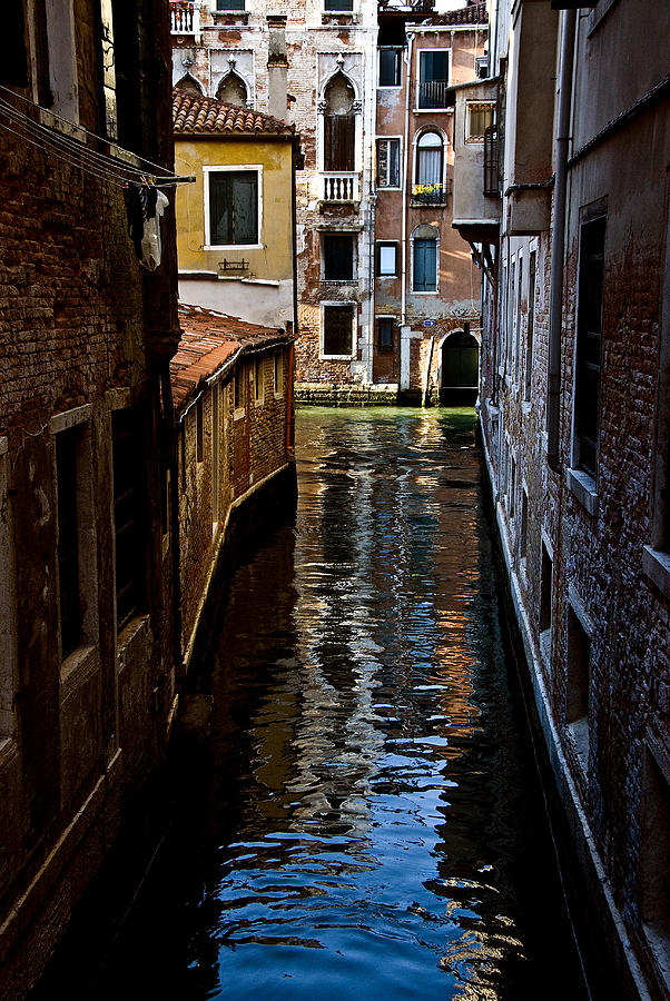 Side Canal by Harry Spitz
