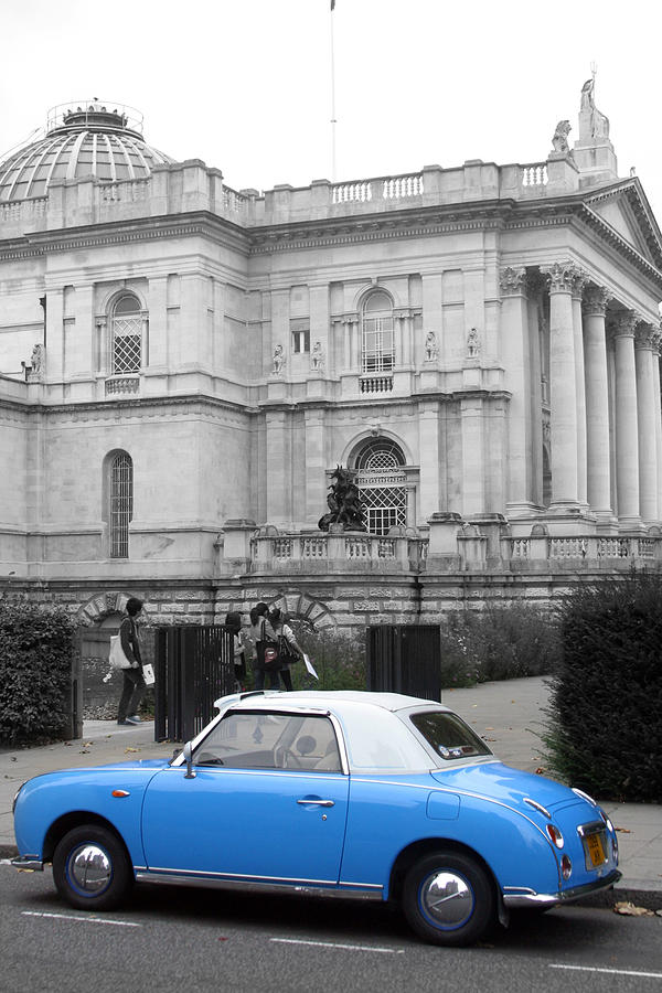 Photographer Photograph - Sight Seeing Figaro by Jez C Self
