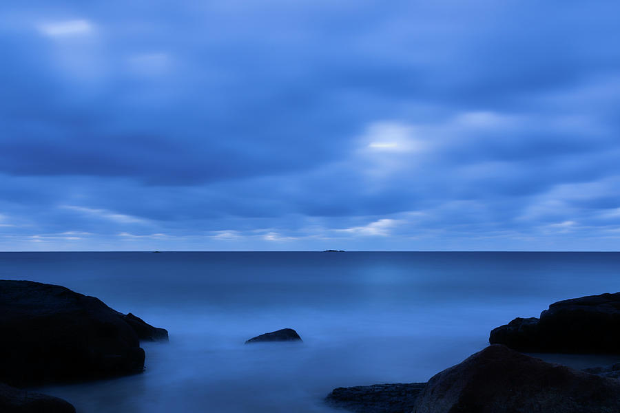 Singing The Blues, Singing Beach   by Michael Hubley