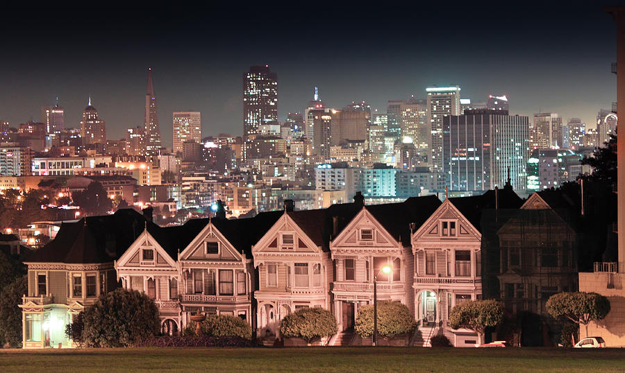San Francisco Photograph - Sisters by Sergio Perez