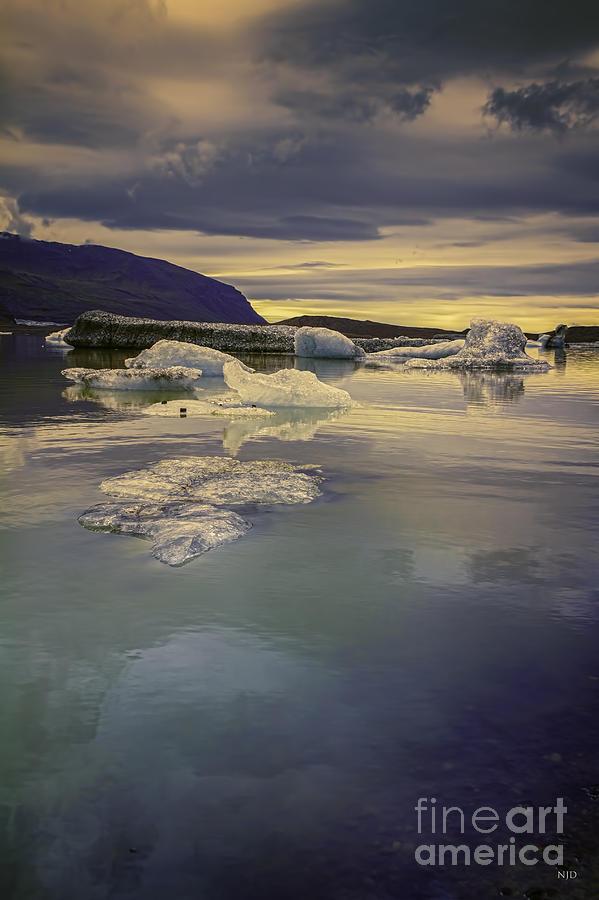 Iceland Photograph - Skaftafellsjokull Lagoon by Nancy Dempsey