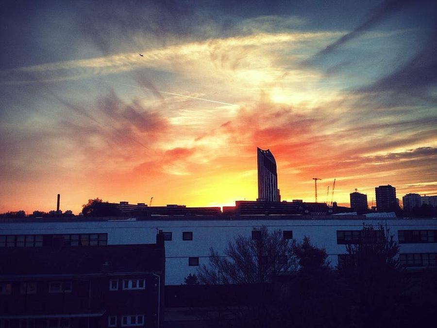 London Photograph - Sky On Fire by Rossana Azzoni