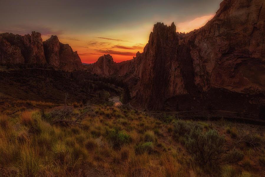 Smith Rock by Thomas Hall