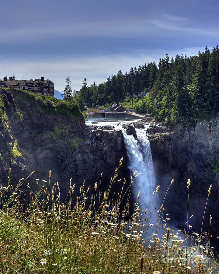 Salish Lodge Photograph - Snoqualmie Falls by Chris Anderson