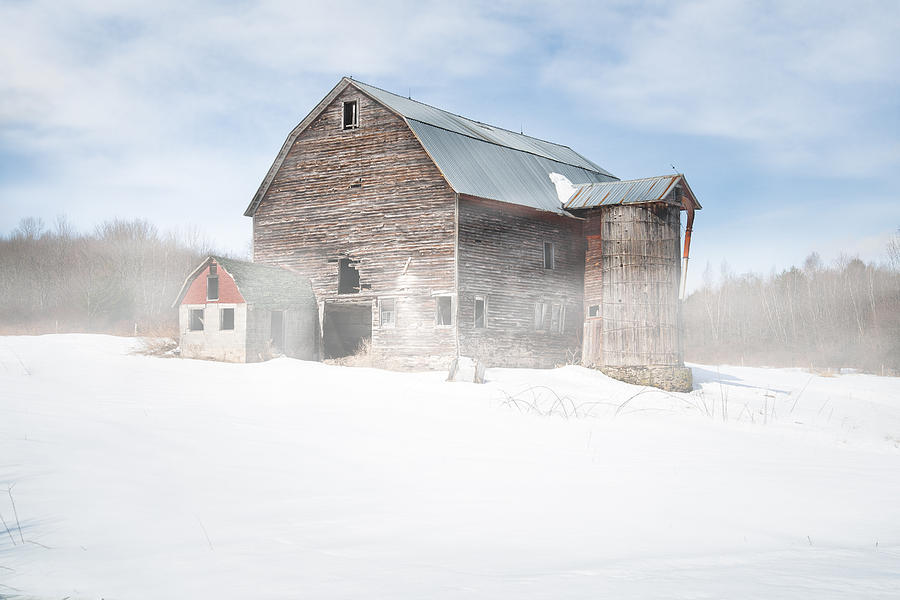 Snowy Winter Barn by Gary Heller