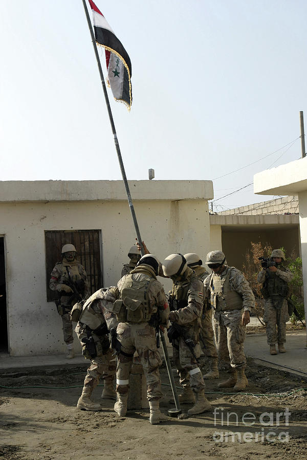 Operation Iraqi Freedom Photograph - Soldiers From The Iraqi Special Forces by Stocktrek Images