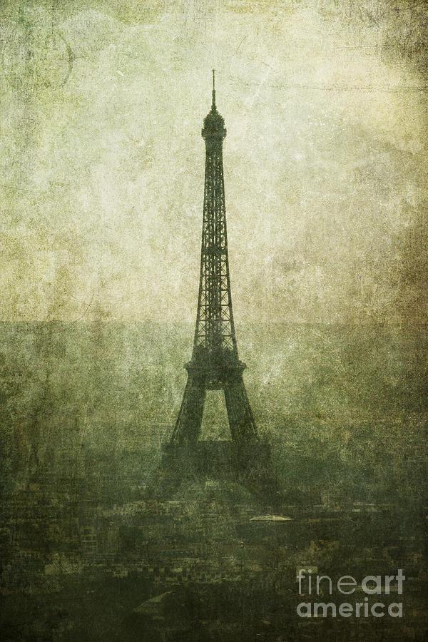 France Photograph - Sonne by Andrew Paranavitana