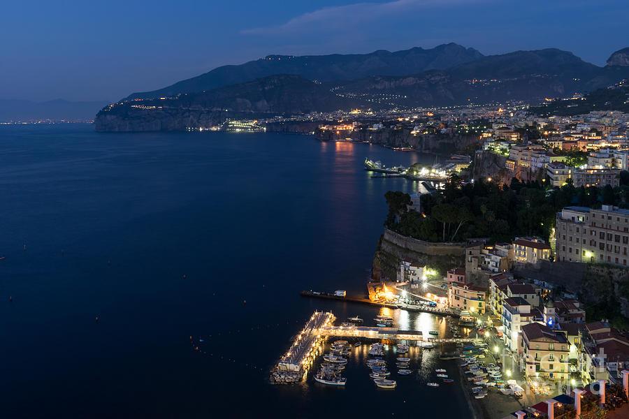 Night Photograph - Sorrento Bay At Night by Ann Garrett