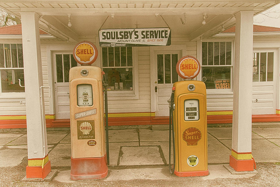 Soulsby's on 66 by Josh Spengler