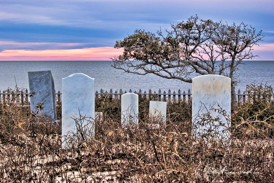 Soundfront Cemetery - Salvo 3485 Photograph