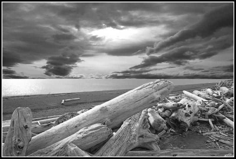 Landscape Photograph - South Beach by Paul Aiello
