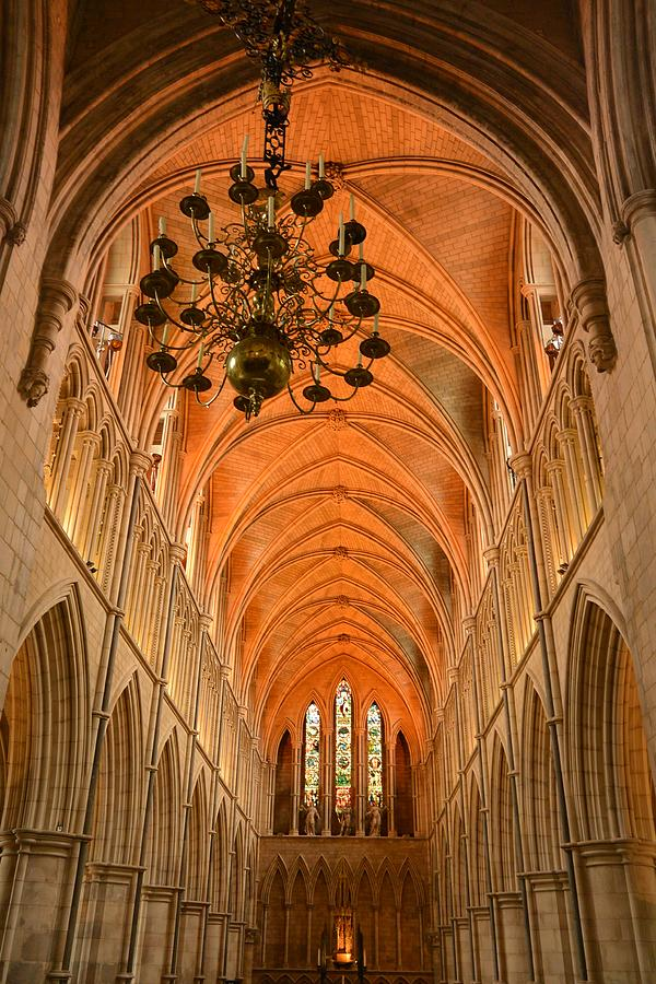 Southwark Cathedral Photograph - Londons Southwark Cathedral by Two Small Potatoes