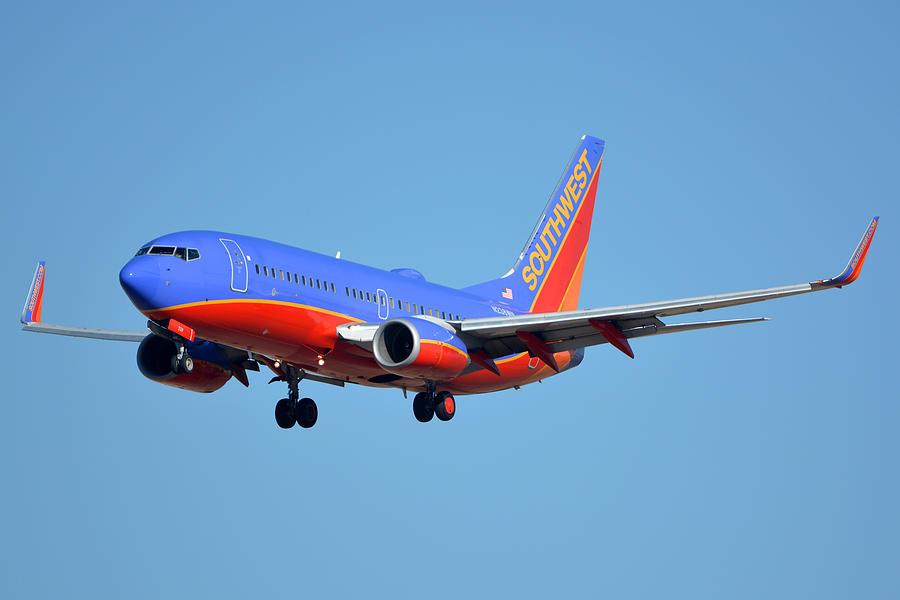 Airplane Photograph - Southwest Boeing 737-7h4 N238wn Phoenix Sky Harbor January 17 2016 by Brian Lockett