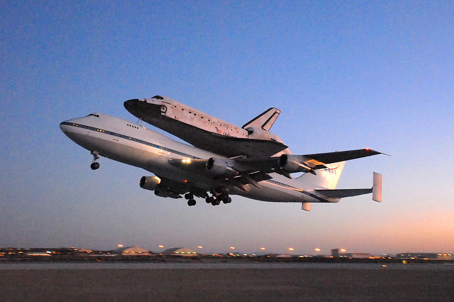 Space Photograph - Space Shuttle Discovery Departs Edwards Afb September 20 2009 by Brian Lockett