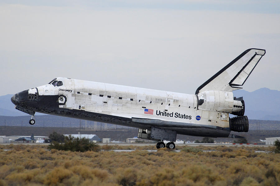 Space Photograph - Space Shuttle Discovery Lands At Edwards Afb September 11 2009 by Brian Lockett