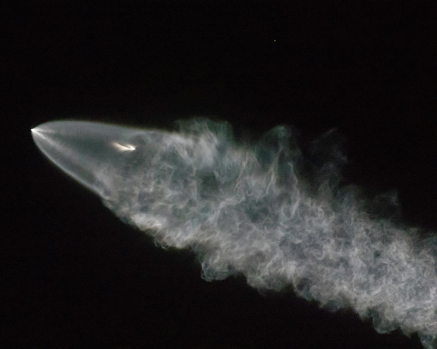 Spacex Photograph - Spacex Iridium Flight 4 by Mike Herdering