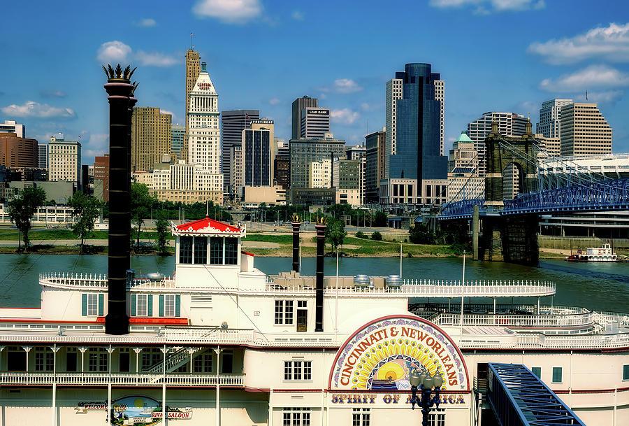 Cincinnati Photograph - Spirit of America and Cincinnati  by L O C