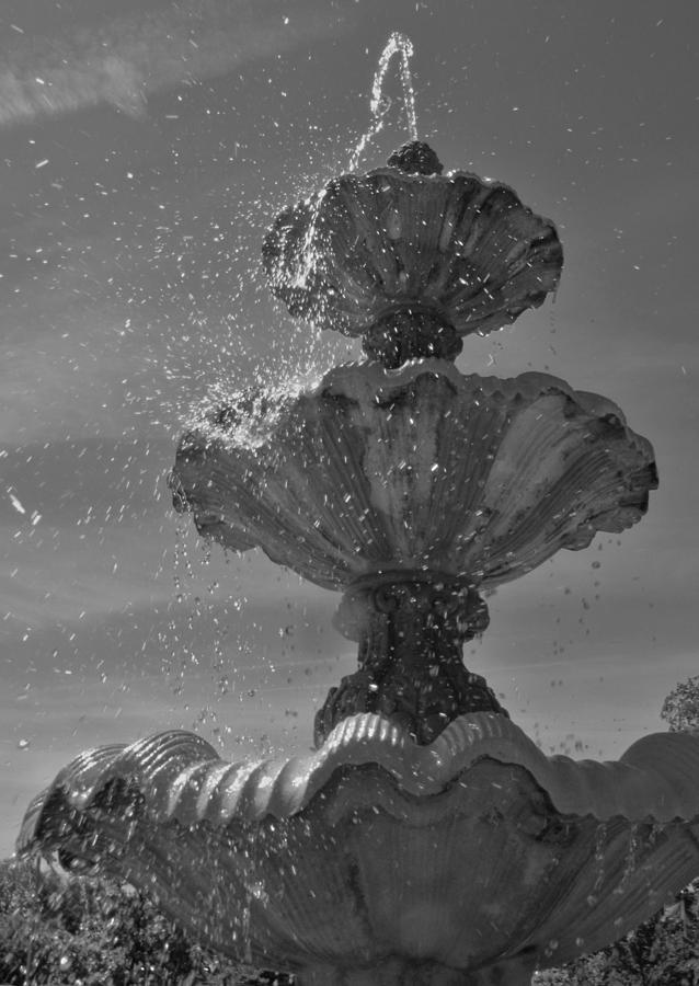 Fountain Photograph - Splash I by Anna Villarreal Garbis