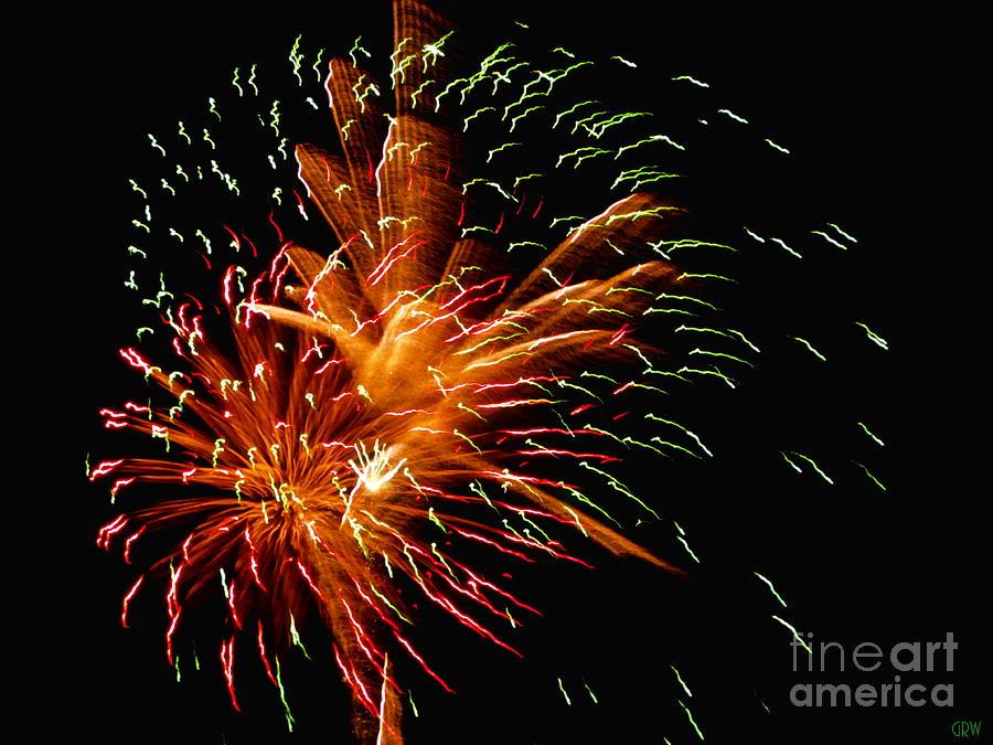 Fireworks Photograph - Splash The Sky by Gina Welch