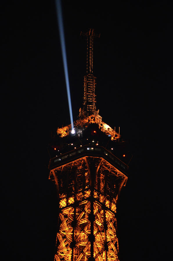 Spotlight Extending From Top Of Illuminated Night View Of Eiffel Tower Paris France Photograph By Shawn O Brien