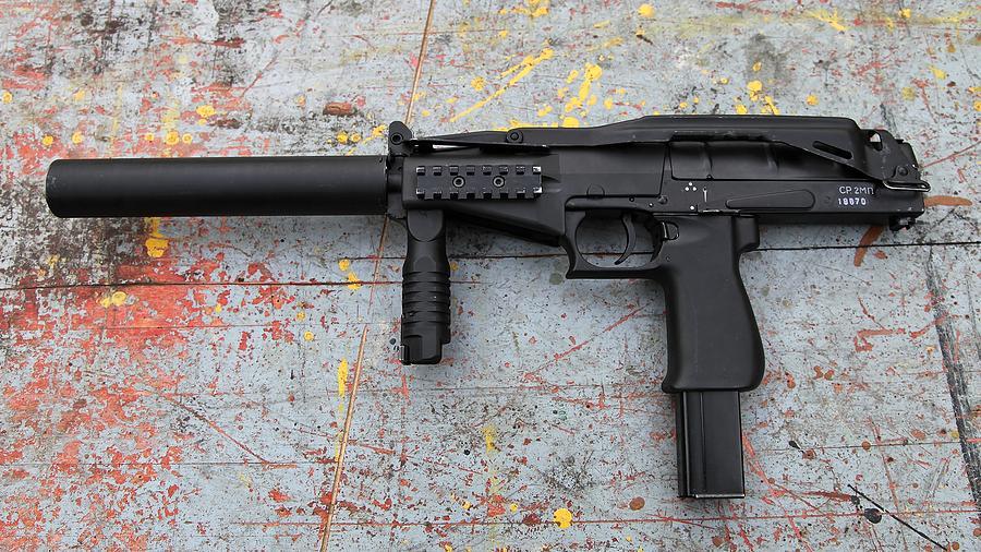 Gun Digital Art - Sr-2mp Submachine Gun by Dorothy Binder