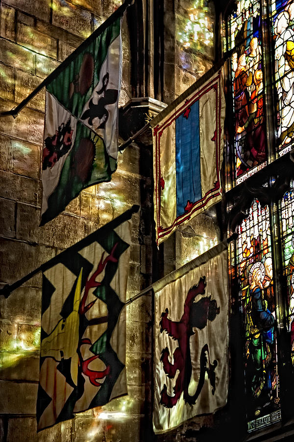 St. Giles Cathedral Photograph - St. Giles Cathedral Edinburgh by Jim Dohms