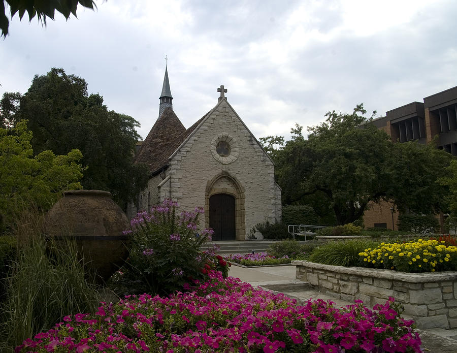 Downtown Milwaukee Photograph - St Joan Of Arc Chapel by Peter Skiba