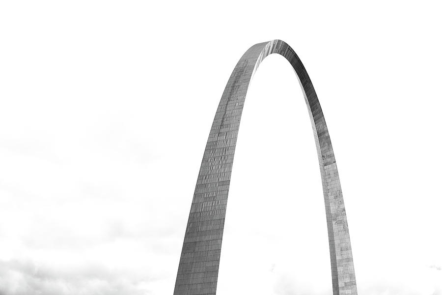 St. Louis Gateway Arch BnW 9581 by David Haskett II