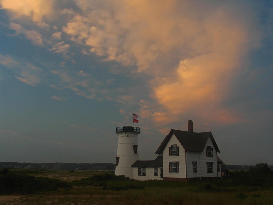 Lighthouse Photograph - Stage Harbor Lighthouse by Juergen Roth