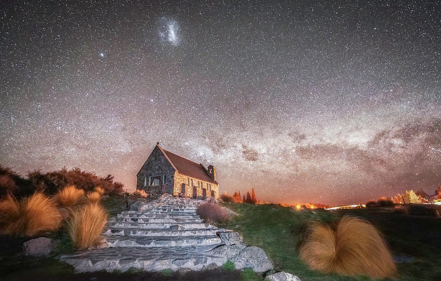 Night Photograph - Stairway To Heaven by Tony Fuentes