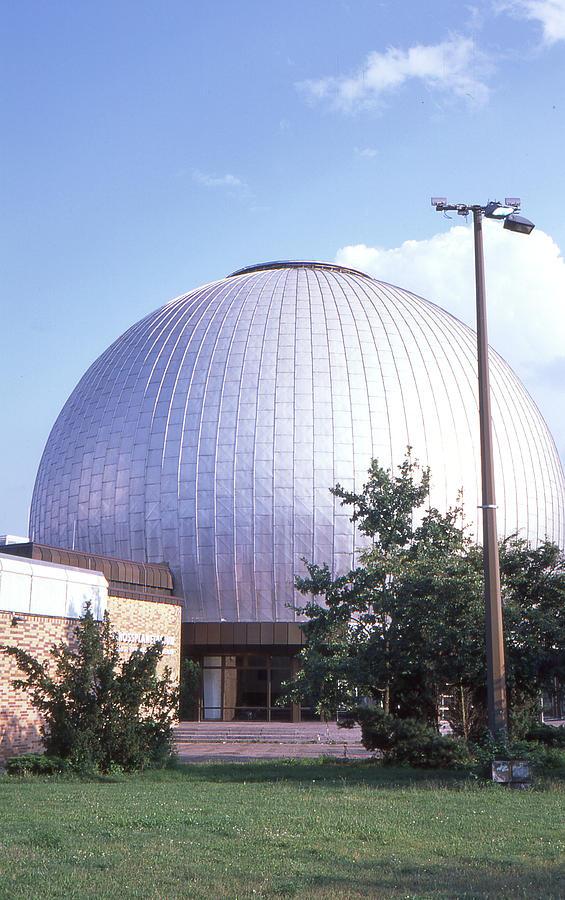 Planetarium Photograph - Star Planetarium Berlin by Nacho Vega