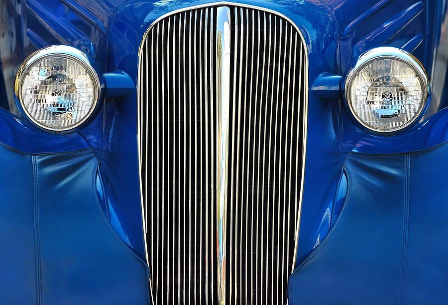 Car Photograph - Startled Car by Dan Holm