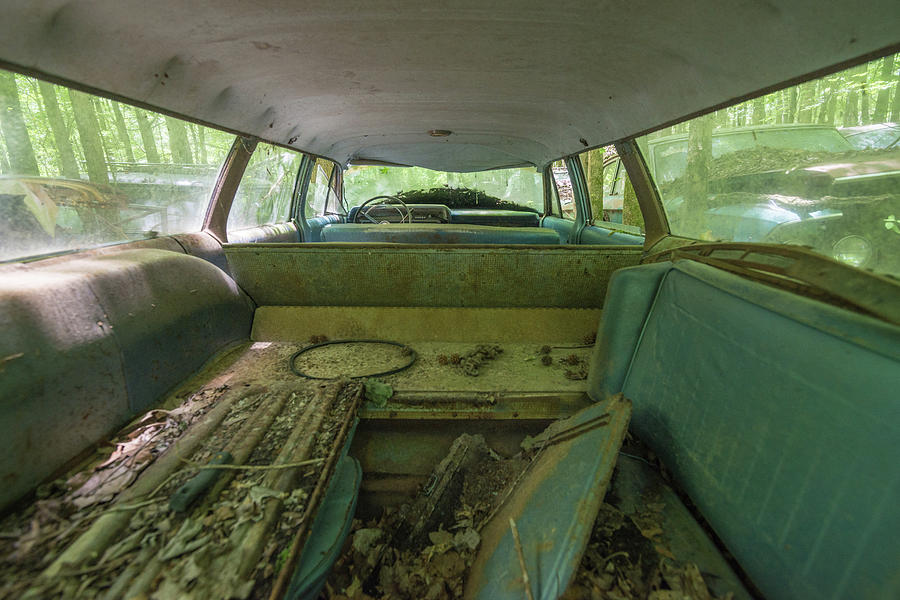 Abandoned Photograph - Station Wagon in Color by Lindy Grasser