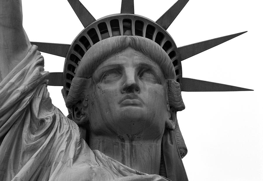 New York Photograph - Statue Of Liberty B/w by Lorena Mahoney
