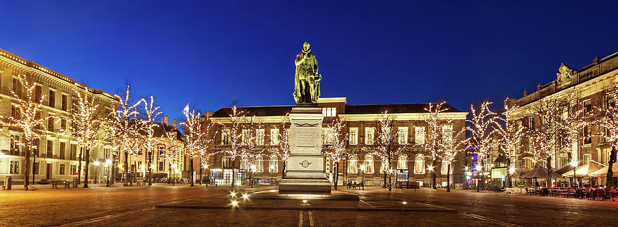 The Hague Photograph - Statue of William of Orange on the Plein - The Hague by Barry O Carroll