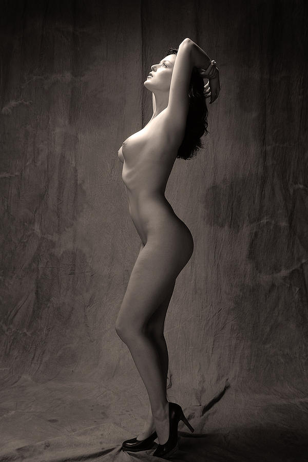 Nude Photograph - Statuesque #1 by Curt Johnson