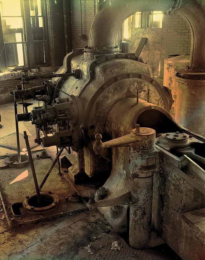 Steam Engine No 4 by Robert G Kernodle