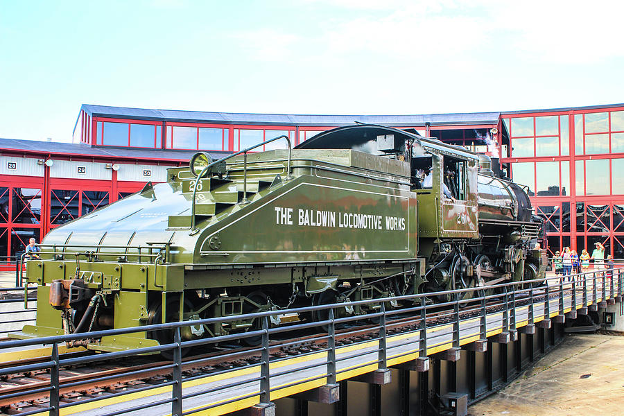 Eddystone Photograph - Steamtown Engine 26 by William Rogers