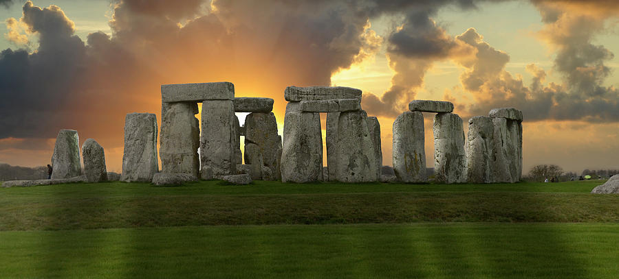 Great Britain Photograph - Stonehenge by Don and Bonnie Fink