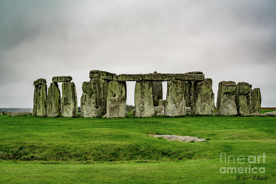 Stonehenge by Sue Karski