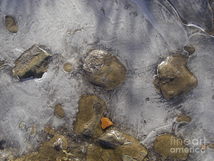 Stones, water, ice 2 by Liliane DUMONT-BUIJS