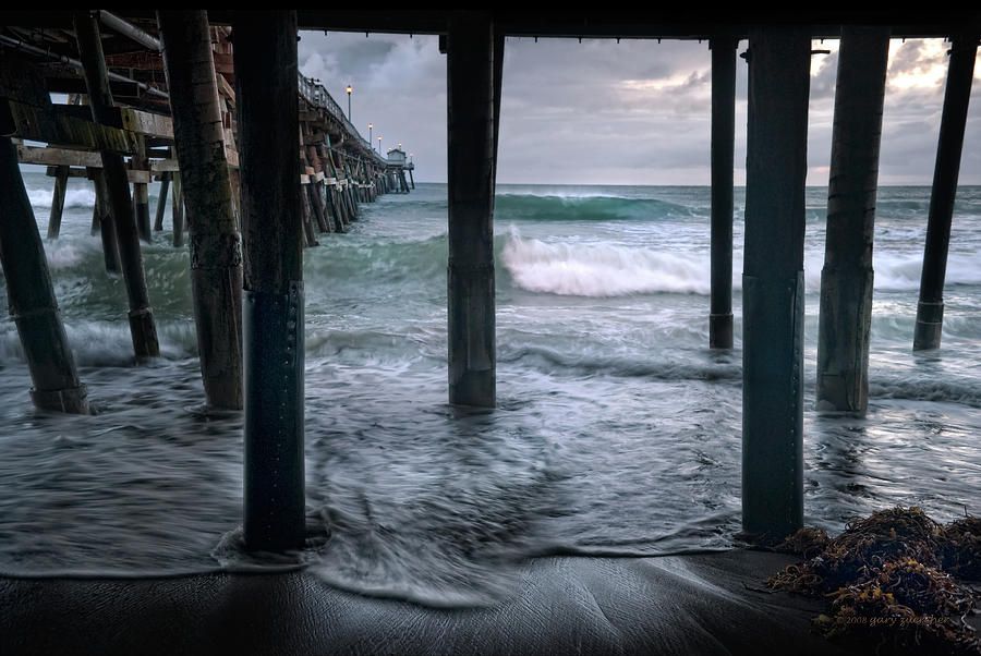 San Clemente Photograph - Stormy Pier by Gary Zuercher