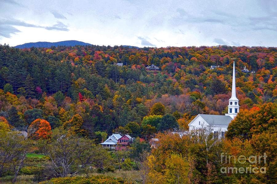 Stowe Photograph - Stowe Vermont In Autumn by Catherine Sherman