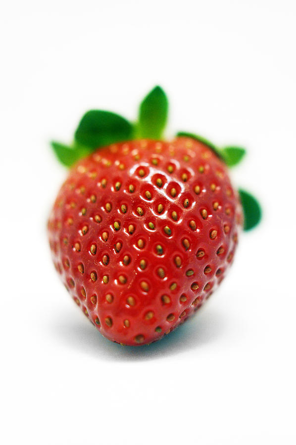 Strawberry Photograph - Strawberries 03 by Renato Nogueira Saltori