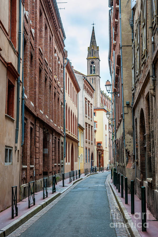 Toulouse Photograph - Street In Toulouse by Elena Elisseeva