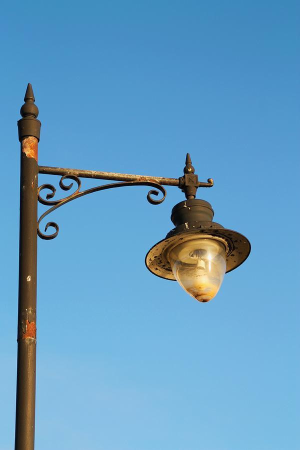 Street Light Photograph - Street Light by Martina Fagan